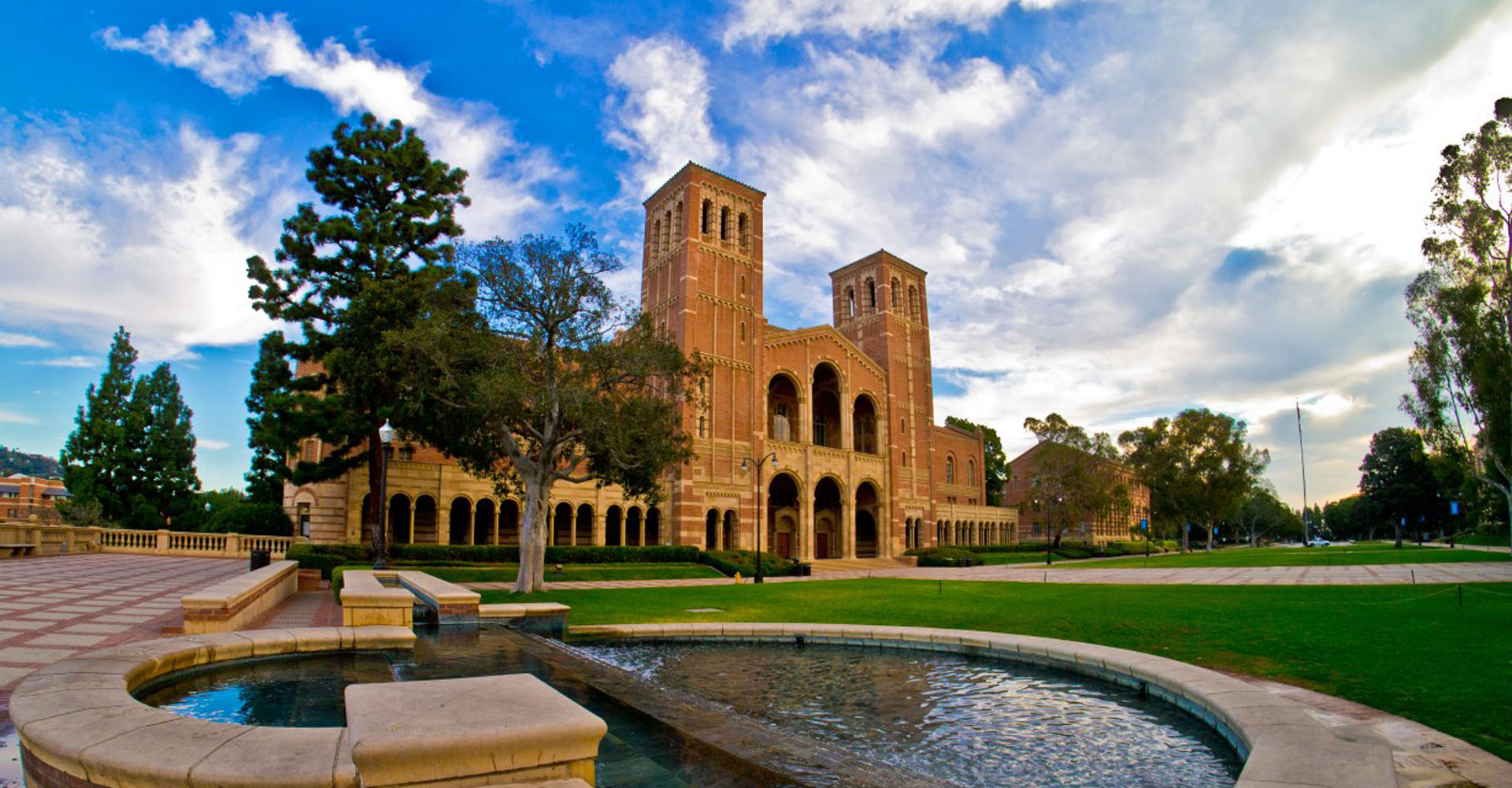 Bilderesultat for ucla campus